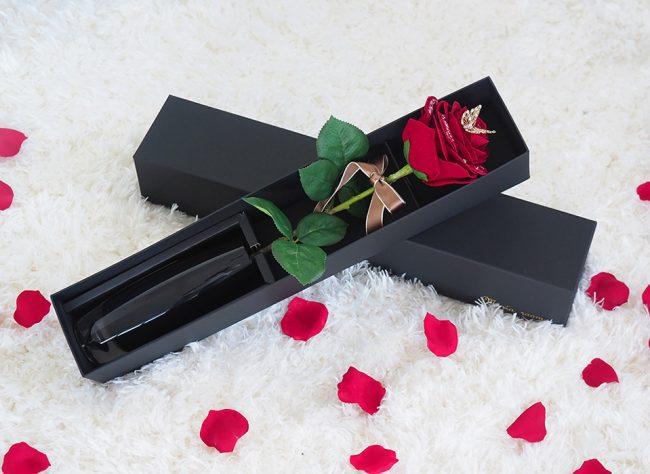 枯れないバラでプロポーズ