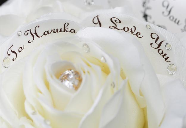 白いバラのアートフラワー